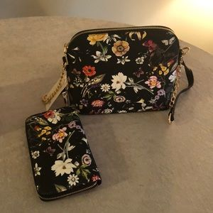 Handbags - NWT CUTEST flowered purse and wallet!